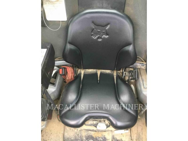 BOBCAT CARGADORES DE CADENAS T740 equipment  photo 11