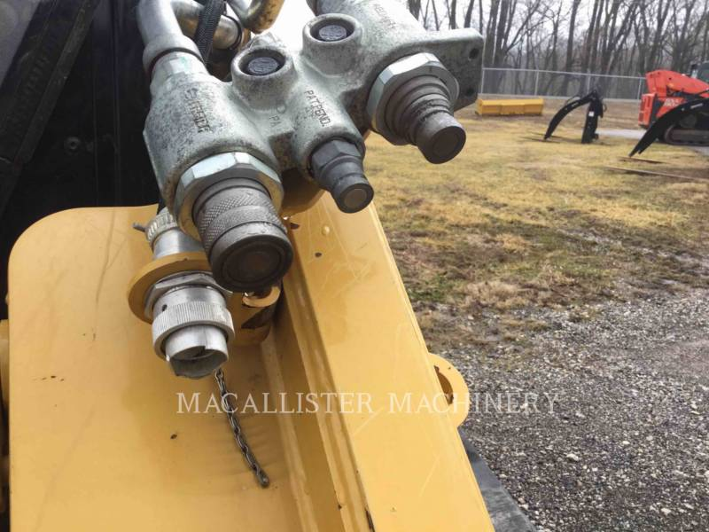 CATERPILLAR CARGADORES MULTITERRENO 299D equipment  photo 7