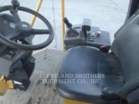 CATERPILLAR VERDICHTER CS433E equipment  photo 5