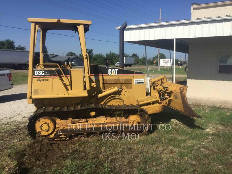 CATERPILLAR TRACK TYPE TRACTORS D3CIIIXL equipment  photo 3