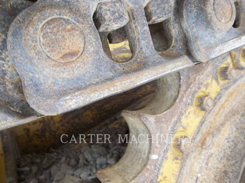 CATERPILLAR TRACTEURS SUR CHAINES D4K2XL equipment  photo 5