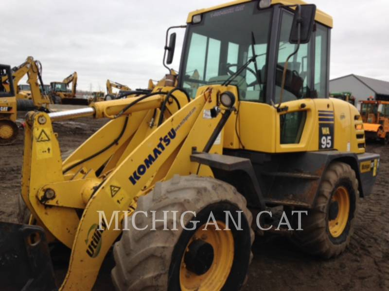KOMATSU WHEEL LOADERS/INTEGRATED TOOLCARRIERS WA95-3 equipment  photo 8