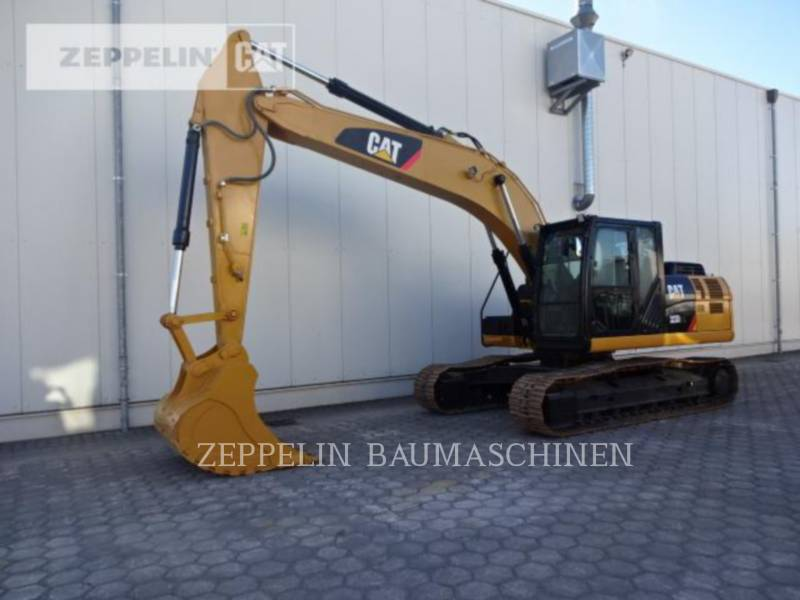 CATERPILLAR ESCAVATORI CINGOLATI 323D2L equipment  photo 1