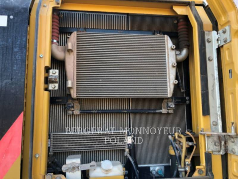 CATERPILLAR ESCAVATORI CINGOLATI 329EL equipment  photo 19