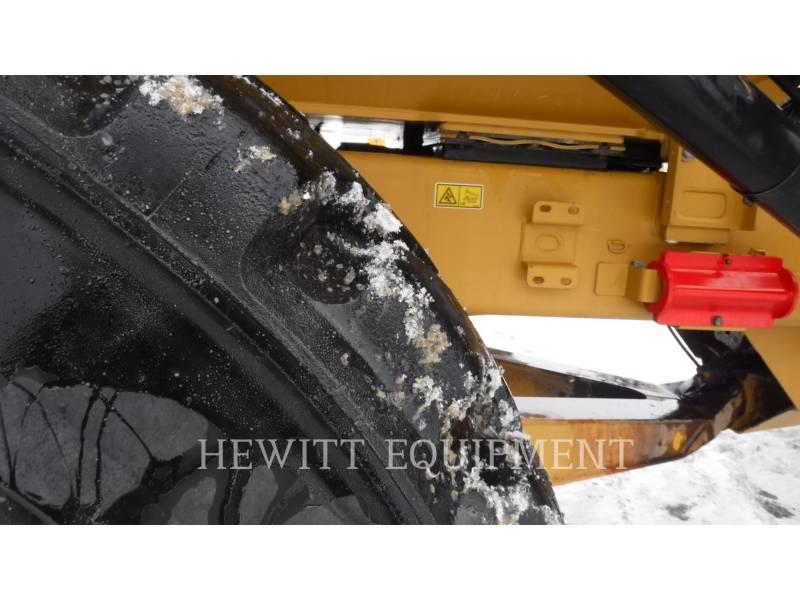 CATERPILLAR ARTICULATED TRUCKS 725 equipment  photo 6