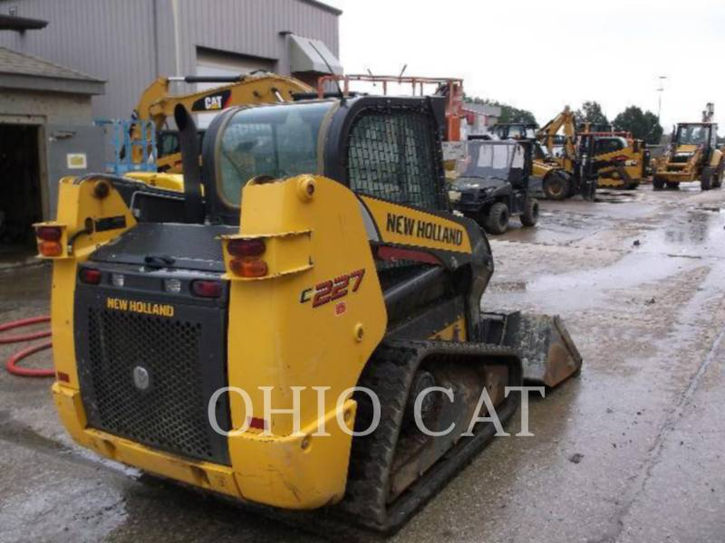 NEW HOLLAND LTD. CARREGADEIRAS TODO TERRENO 227 equipment  photo 5