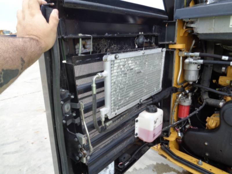 CATERPILLAR CHARGEURS TOUT TERRAIN 299D2XHP equipment  photo 16
