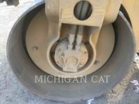 CATERPILLAR VIBRATORY DOUBLE DRUM ASPHALT CB24 equipment  photo 20