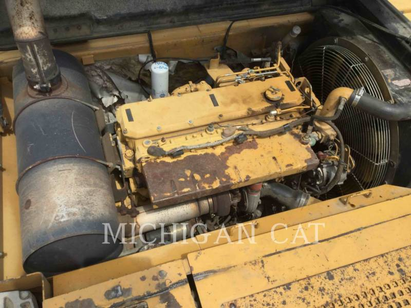 CATERPILLAR TRACK EXCAVATORS 322BL equipment  photo 8