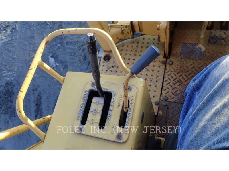 CATERPILLAR TRACK TYPE TRACTORS D4C equipment  photo 5