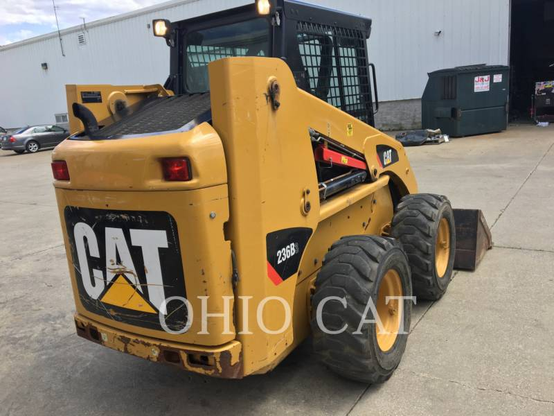 CATERPILLAR MINICARGADORAS 236B3 equipment  photo 7