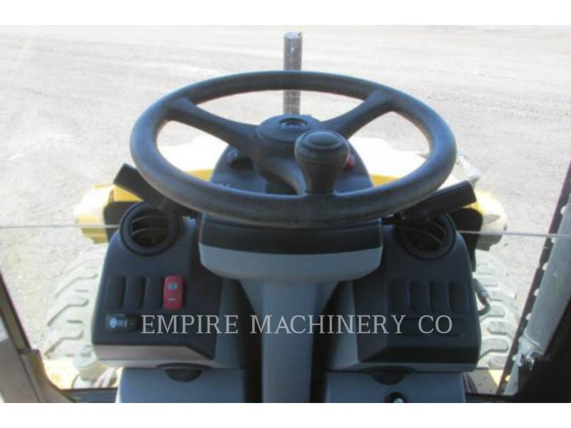 CATERPILLAR BAGGERLADER 420F 4EC P equipment  photo 11