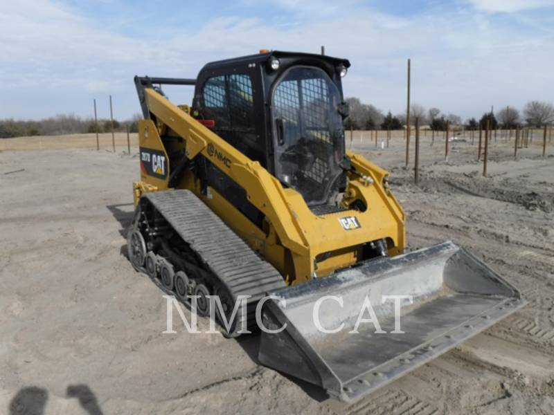 CATERPILLAR CHARGEURS TOUT TERRAIN 287D equipment  photo 4