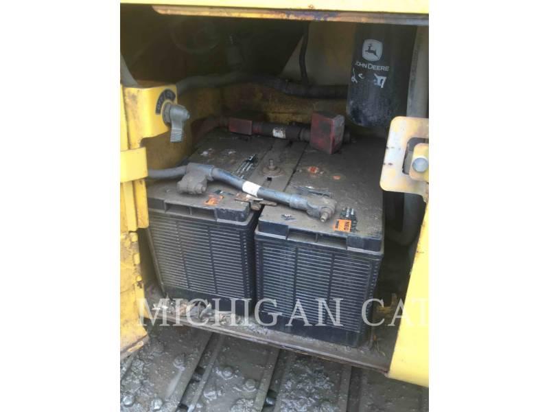 JOHN DEERE TRACTEURS SUR CHAINES 450H equipment  photo 20