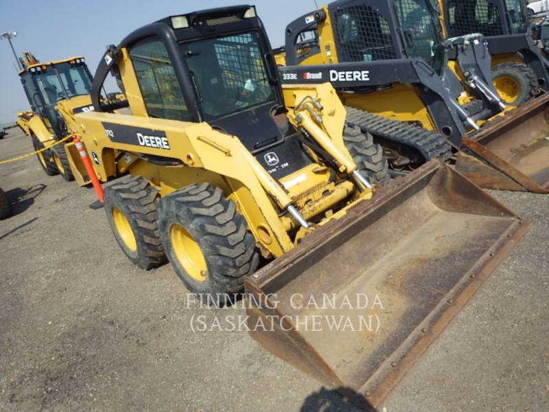 JOHN DEERE SKID STEER LOADERS 332 equipment  photo 3