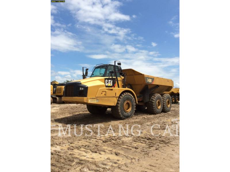CATERPILLAR CAMIONES ARTICULADOS 740B equipment  photo 1