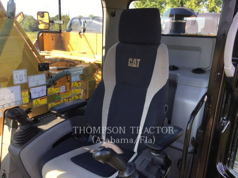 Caterpillar EXCAVATOARE PE ŞENILE 323F equipment  photo 19
