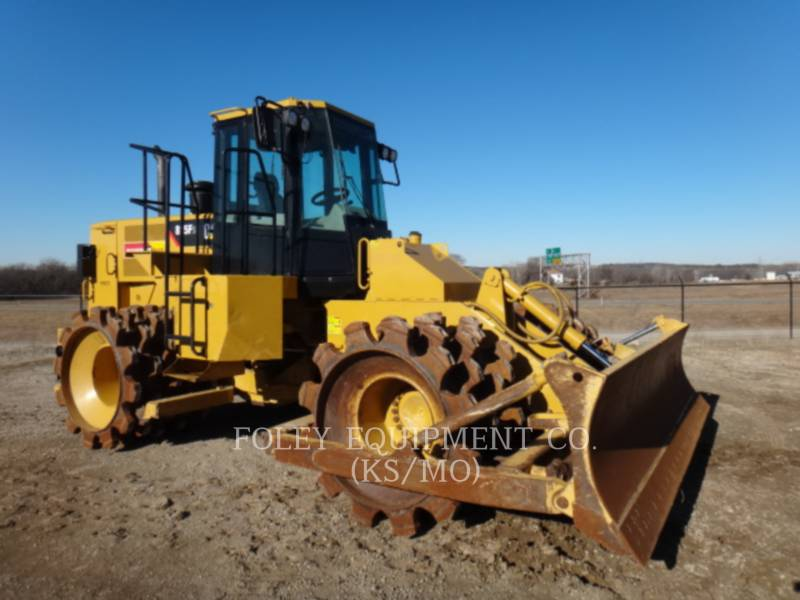 CATERPILLAR COMPATTATORI 815FII equipment  photo 1