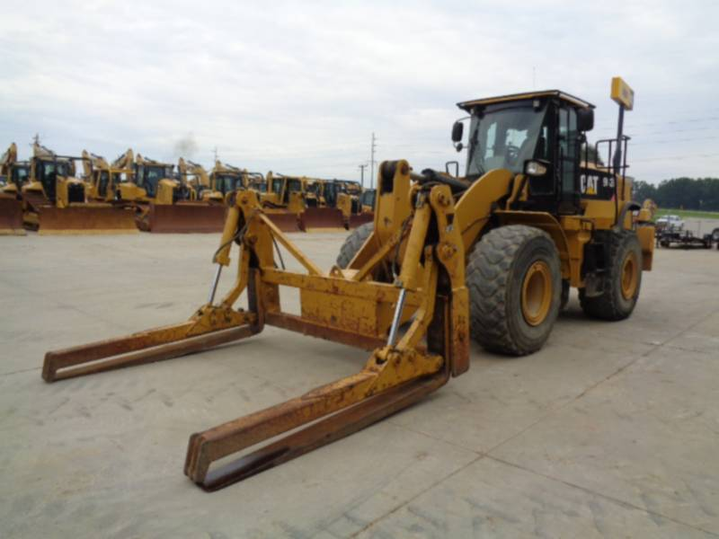 Caterpillar ÎNCĂRCĂTOARE PE ROŢI/PORTSCULE INTEGRATE 962K equipment  photo 1