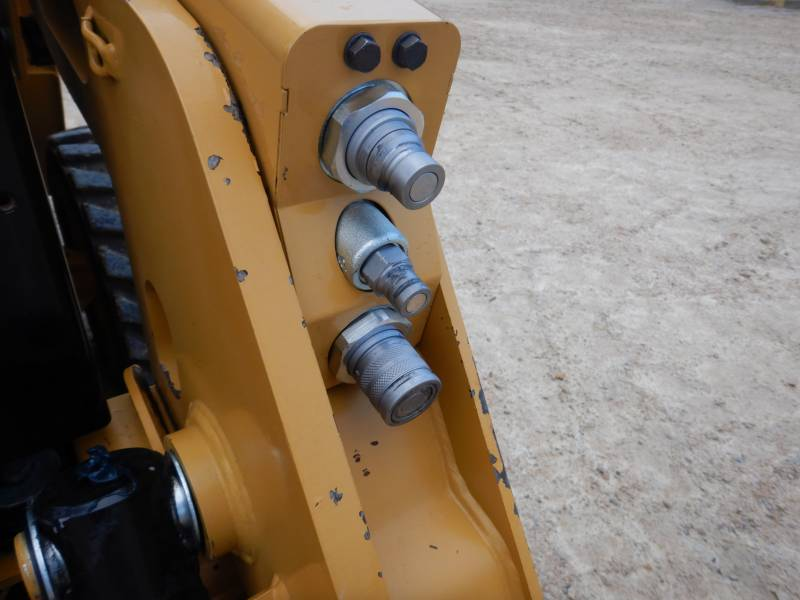 CATERPILLAR SCHRANKLADERS 232 D equipment  photo 12
