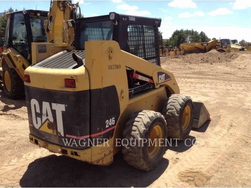 CATERPILLAR SKID STEER LOADERS 246 equipment  photo 2