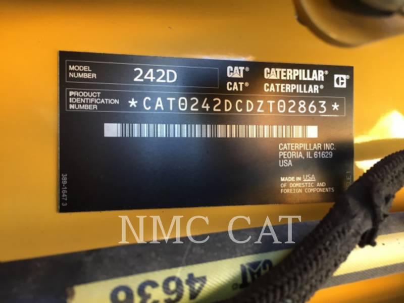 CATERPILLAR MINICARGADORAS 242D equipment  photo 1