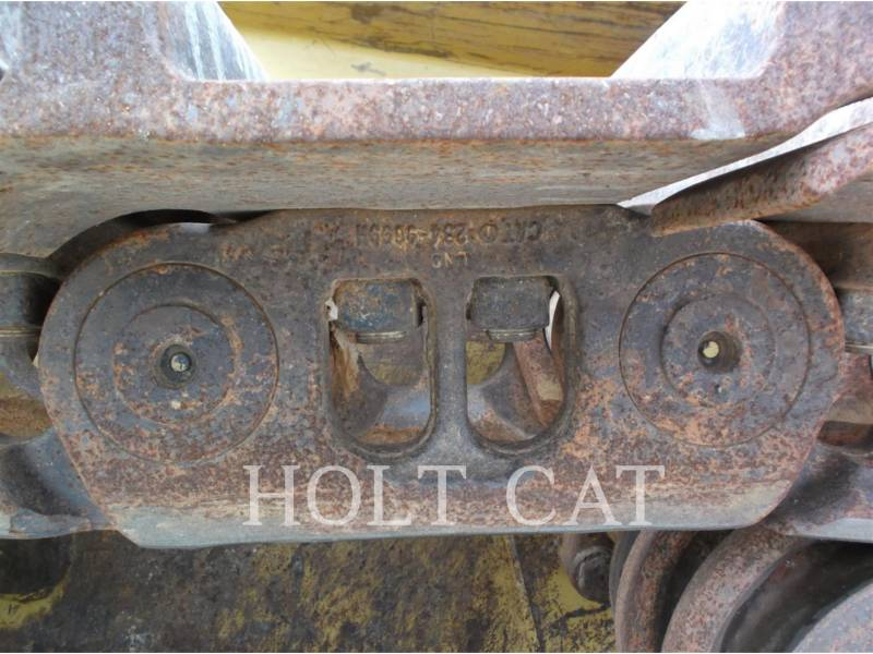 CATERPILLAR CARGADORES DE CADENAS 963D WHA equipment  photo 17