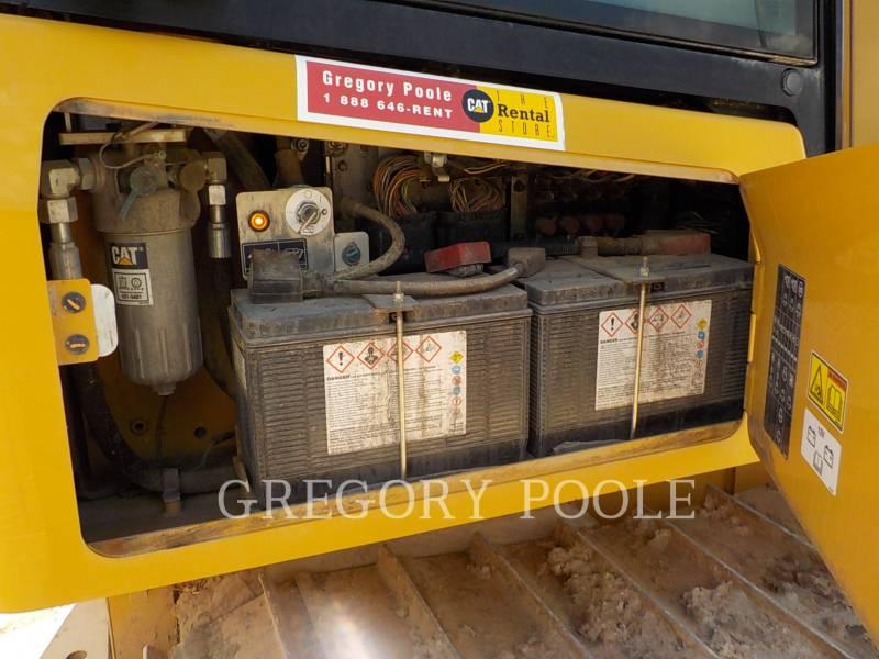 Caterpillar TRACTOARE CU ŞENILE D3K2 LGP equipment  photo 17