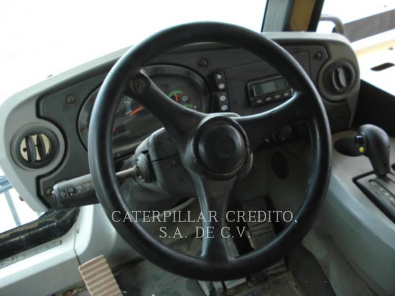 CATERPILLAR 鉱業用ダンプ・トラック 773F equipment  photo 9