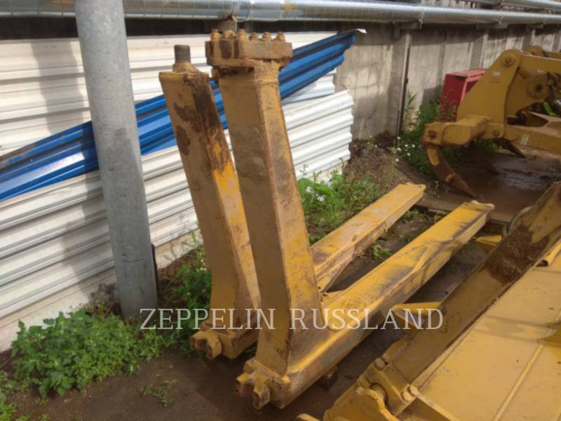 CATERPILLAR TRACK TYPE TRACTORS D6R equipment  photo 12