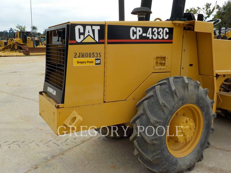 CATERPILLAR VIBRATORY SINGLE DRUM PAD CP-433C equipment  photo 12