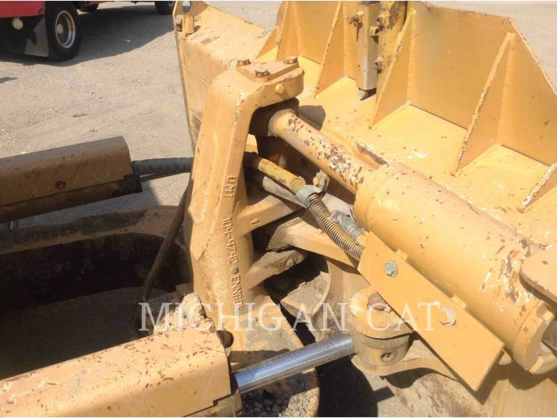 CATERPILLAR TRACTORES DE CADENAS D5ML equipment  photo 8