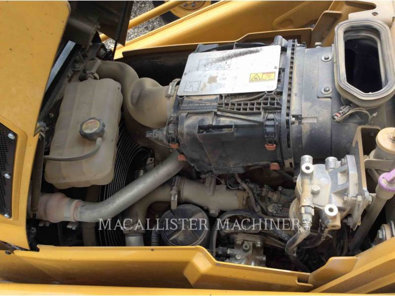 CATERPILLAR TERNE 420F2ST equipment  photo 8