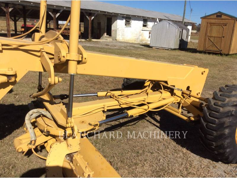LEE-BOY AUTOGREDERE 685 equipment  photo 11