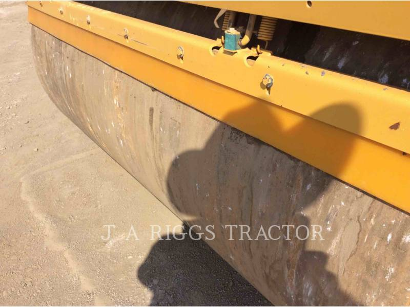 CATERPILLAR COMPACTADORES CB64 equipment  photo 19