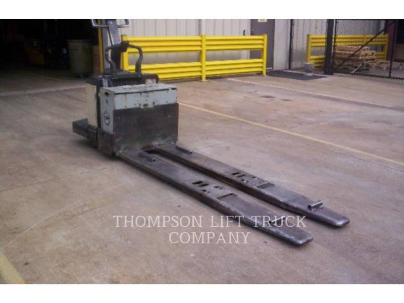 CROWN FORKLIFTS PE3540 equipment  photo 2