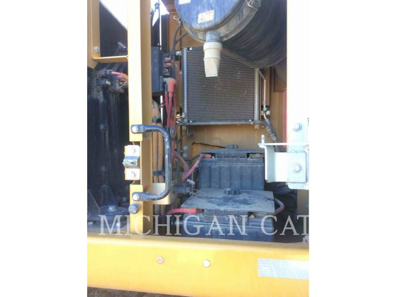 CATERPILLAR TRACK EXCAVATORS 336EL equipment  photo 19