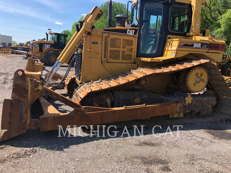 CATERPILLAR TRACK TYPE TRACTORS D6RL C equipment  photo 1