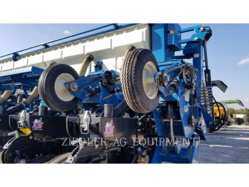 KINZE Pflanzmaschinen 3650 equipment  photo 4