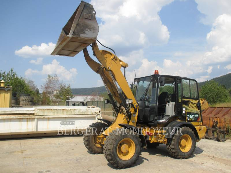 CATERPILLAR CARGADORES DE RUEDAS 908H2 equipment  photo 2
