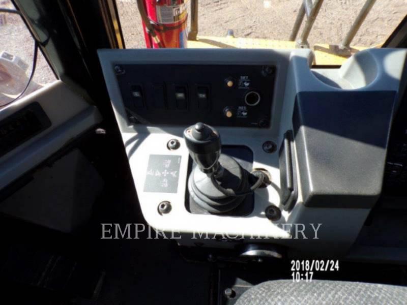 CATERPILLAR COMPACTEURS 815FII equipment  photo 9