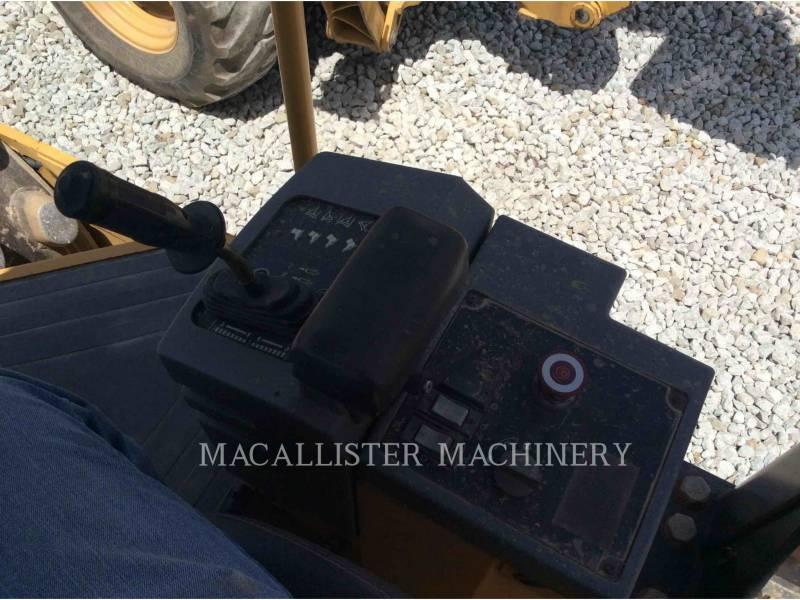 CATERPILLAR COMPACTORS 433 E equipment  photo 20