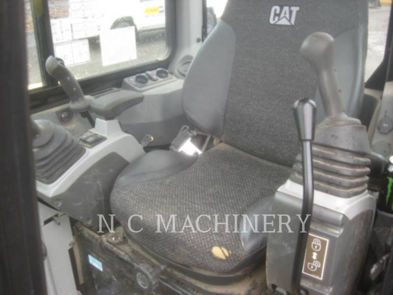CATERPILLAR トラック油圧ショベル 303.5E2CR equipment  photo 11