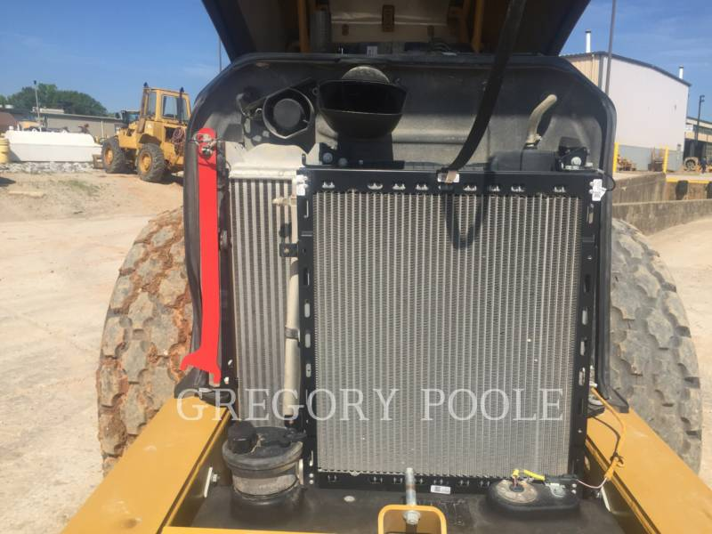 CATERPILLAR VIBRATORY SINGLE DRUM SMOOTH CS54B equipment  photo 19