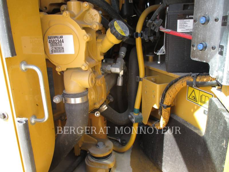CATERPILLAR COMPACTORS CB54B equipment  photo 7