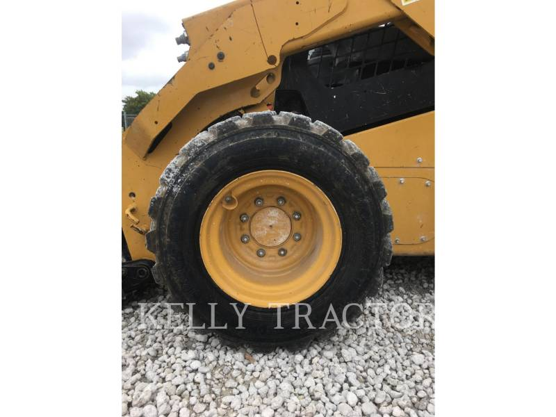 CATERPILLAR SKID STEER LOADERS 246D equipment  photo 10