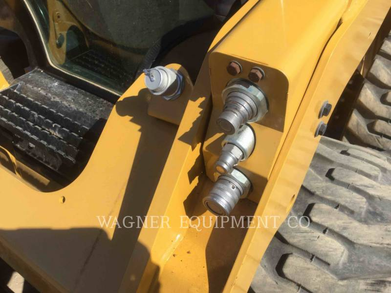 CATERPILLAR SKID STEER LOADERS 236D equipment  photo 8