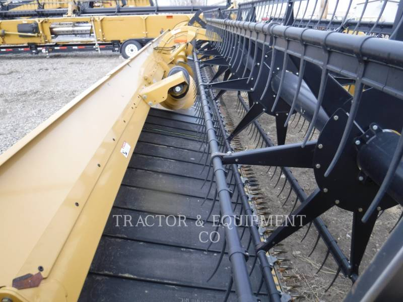 LEXION COMBINE  COMBINE HEADER 1050 equipment  photo 6