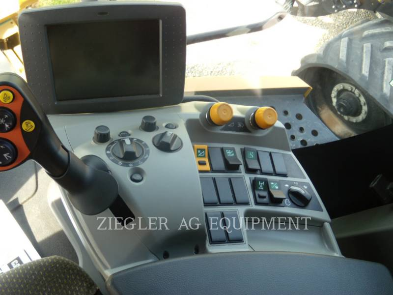 LEXION COMBINE COMBINÉS 750TT equipment  photo 14