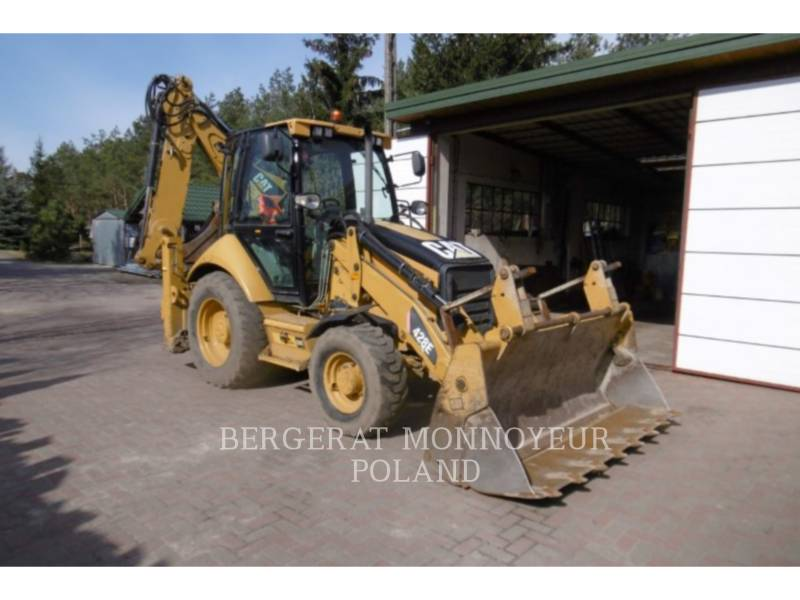 CATERPILLAR CHARGEUSES-PELLETEUSES 428E equipment  photo 1